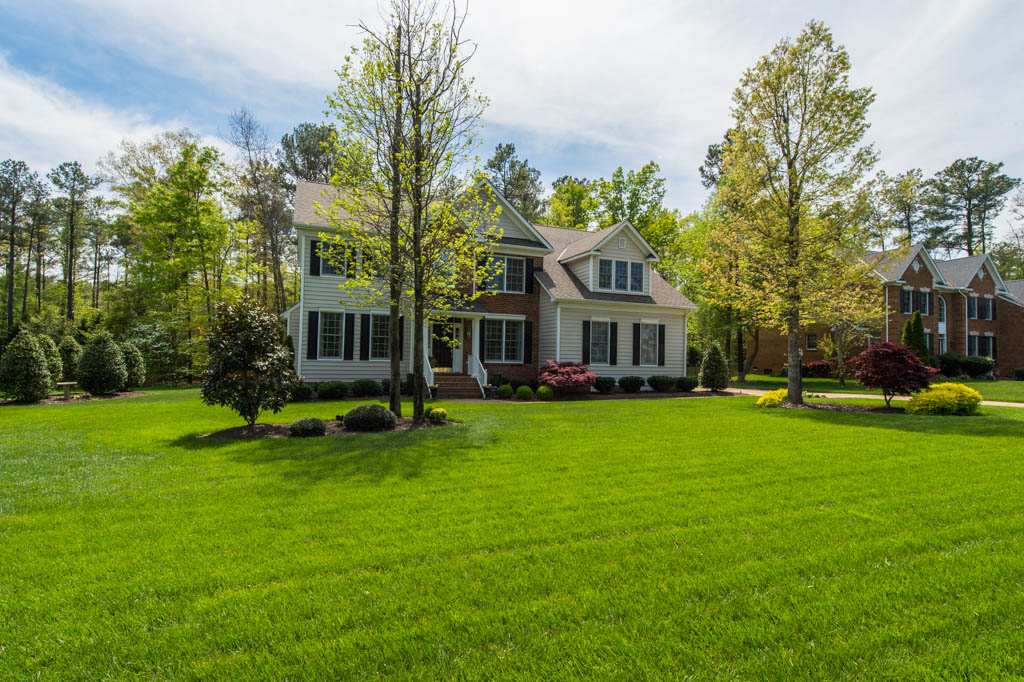 Nice Lawns In Richmond Increase Home Value Virginia